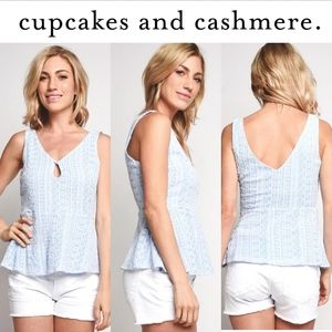 (NWT) CUPCAKES AND CASHMERE BRIAN TOP